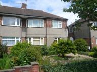 Maisonette to rent in Kenilworth Road...