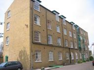 Apartment in Park Road, Bromley, BR1