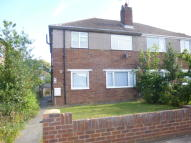 2 bedroom Maisonette in Shepperton Road...