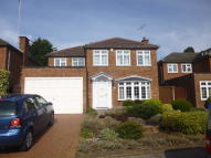 4 bedroom Detached property to rent in Tall Elms Close, Bromley...