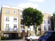 3 bedroom Apartment to rent in Drayton Park, London, N5