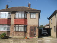 3 bedroom semi detached house in Park Road, Enfield, EN3