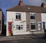End of Terrace property to rent in Heath End Road...