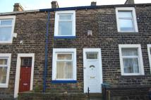 Terraced house to rent in 24 Whitehall Street ...