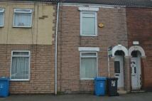 2 bedroom Terraced property in 76 Wynburg St, Hull...