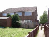 Apartment to rent in Kinross Crescent, Luton