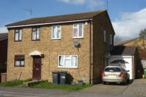 semi detached house to rent in Headly Rise, Luton
