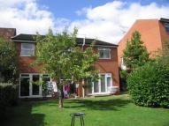 2 bed Apartment in Pondcroft Road...