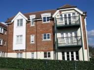 Apartment to rent in Canonsfield Road, Welwyn...