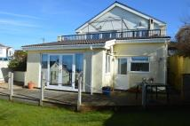 Ground Flat to rent in Marine Lodge...