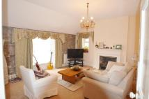 2 bed Flat to rent in 23 High Street Cowbridge...
