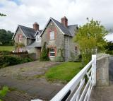 1 Penylan House semi detached house to rent