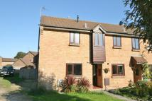 2 bed semi detached house in Merlin Close...