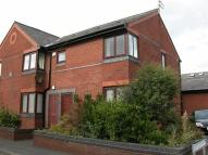 2 bed Flat in Lowood Court...