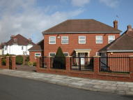 Detached home to rent in Dowhills Drive...