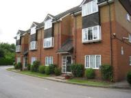 Flat to rent in HOLM OAK PARK   WATFORD...