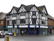 property to rent in 113 Bancroft & 98/100 Hermitage Road,