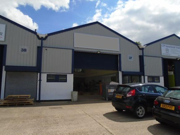 Commercial Property Trade : Trade counter to rent in burnt mill elizabeth way