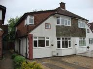 4 bedroom semi detached house to rent in Johnston Walk, Guildford