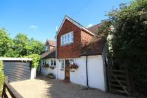 4 bed Detached property for sale in Guildford