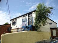 Flat to rent in Markenfield Road...