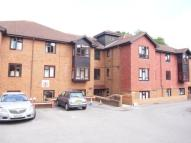 Flat in Worplesdon, Guildford...