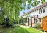 property to rent in Victoria Road, Wargrave, Reading, Berkshire, RG10