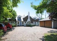 property to rent in Newlands Lane, Stoke Row, Henley-On-Thames, Oxfordshire, RG9