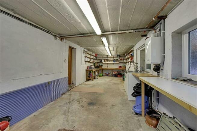 Garage/Workshop/Util