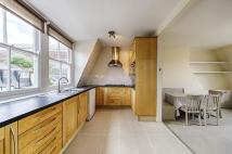 2 bed Maisonette in Upcerne Road, London...