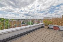 1 bedroom Flat to rent in Fielding Road, London...