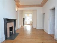 Flat in Langside Avenue, Putney...