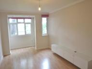 1 bed Flat to rent in Arnewood Close...