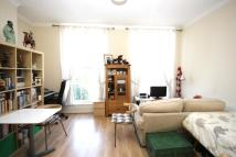 Flat to rent in Lower Richmond Road...
