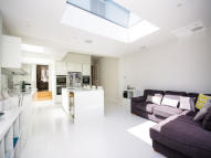 property to rent in Grosvenor Avenue, SW14