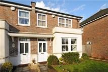 3 bedroom semi detached house to rent in The Breezes, Maidenhead...
