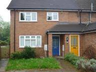 Flat to rent in Hillingdon Avenue TN13