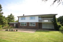 4 bed Detached house in Stonehouse Lane...
