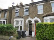 2 bedroom Flat in Millais Road, Leyton