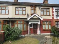 3 bedroom home to rent in Inglehurst Gardens...