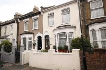 3 bed house in Ranelagh Road...