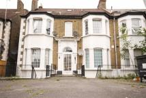 1 bed Flat to rent in Fillebrook Road, London