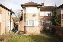 Flat to rent in Fulwell Avenue, Clayhall