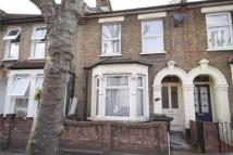Flat to rent in Granleigh Road...