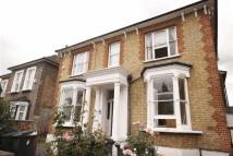Flat to rent in Grange Park Road, Leyton