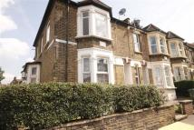 Flat to rent in Francis Road, Leyton