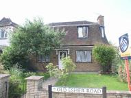 4 bed Detached home in Old Esher Road...
