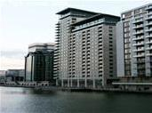 3 bed Flat in Discovery Dock...