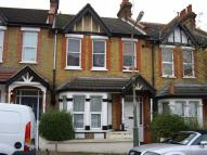 1 bedroom Flat to rent in Macdonald Avenue...