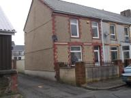 2 bed End of Terrace house in York Terrace, Cwm...